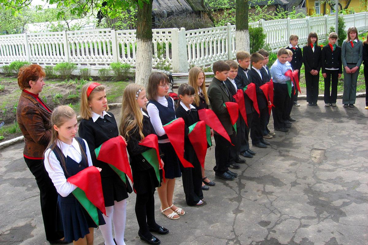 Май 2010 года Храним пионерские традиции